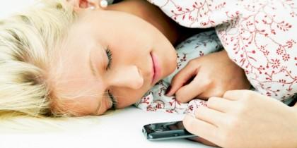 Βιβλίο VS Smartphone: μια μάχη με ξεκάθαρο νικητή