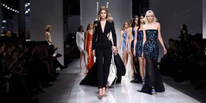 Atelier Versace Spring/Summer 2016: Μία ματιά στο μέλλον της θηλυκότητας