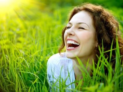 10+8 λόγοι για τους οποίους το γέλιο κάνει καλό!