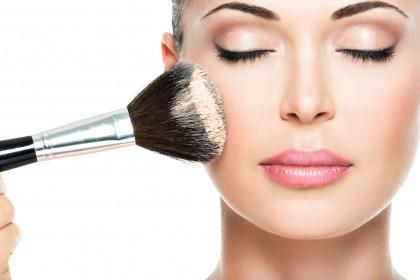 Τα beauty tips που δεν μας λένε οι μακιγιέρ