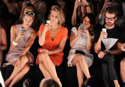 Γιατί ο Michael Kors απαγόρευσε τα social media στην επόμενη παρουσίασή του;