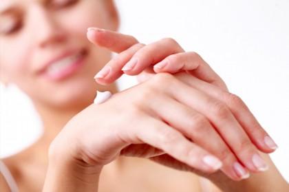 Τα νέα serum βαζελίνης έχουν δεκαπλάσια δύναμη ανάπλασης