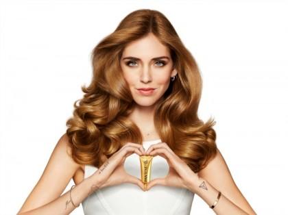 Η Chiara Ferragni μοιράζεται μαζί μας το μυστικό της για υγιή μαλλιά!