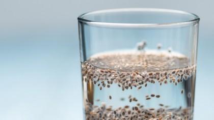 Νερό με σπόρους Chia: η απλή αλλά θαυματουργή διαιτητική συνταγή