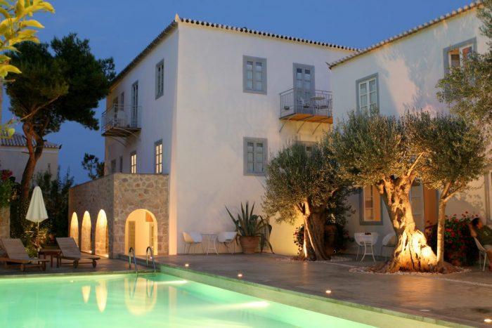 Λίγες μέρες στον σπετσιώτικο παράδεισο του Orloff Resort Luxury Hotel